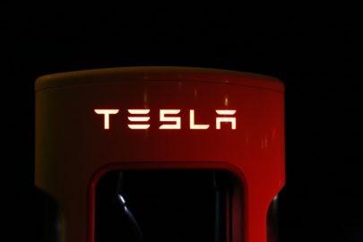 abstract action auto 258083 | Hoe 'groen' is het besturen van een elektrische auto?