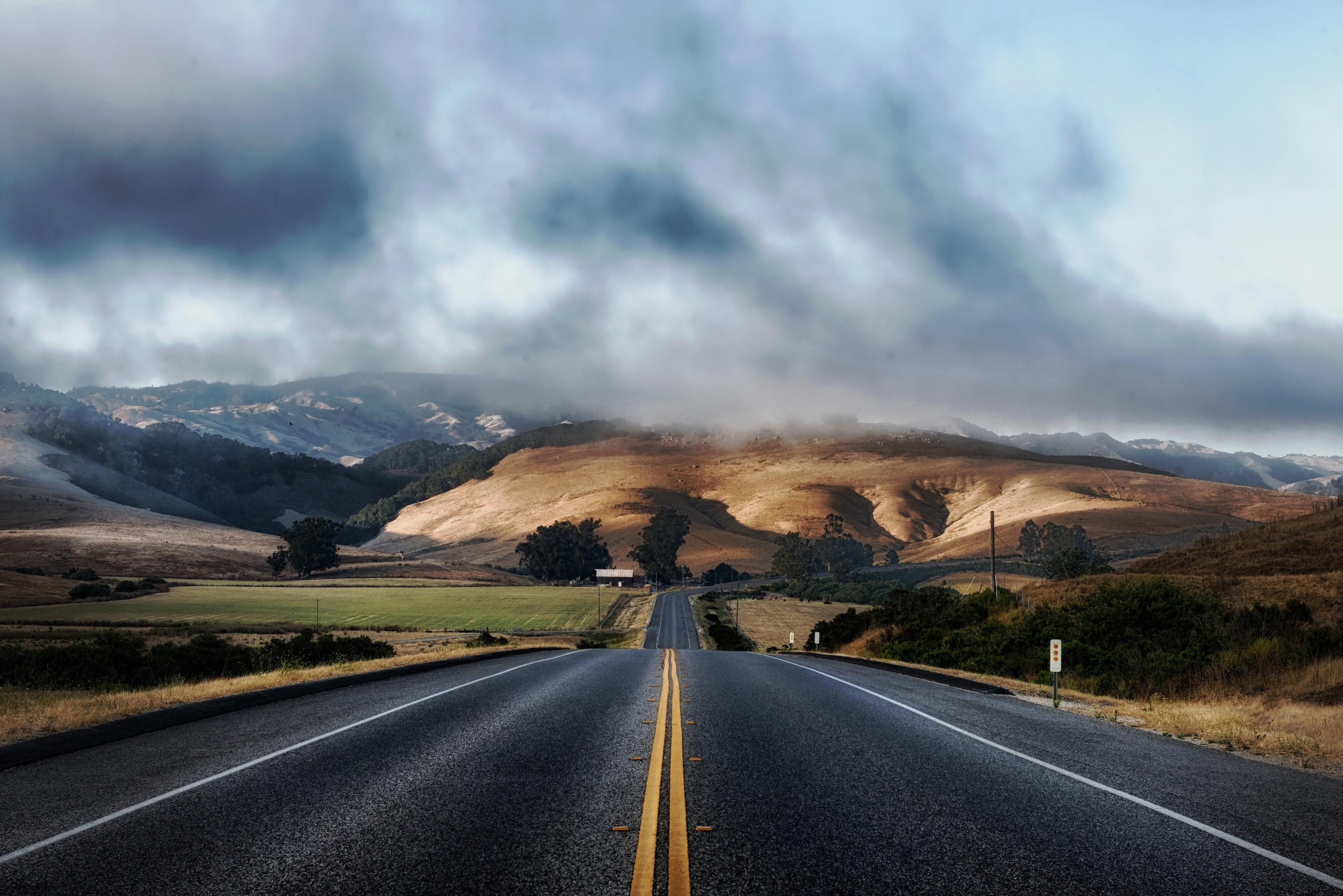 clouds hills landscape 63324 | De nieuwe manier van rijden