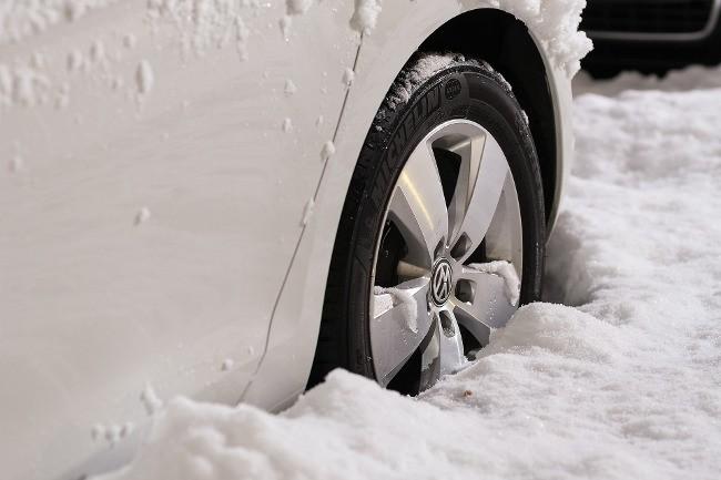 banden in de sneeuw | Een winterbanden gids - Dit is wat je moet weten!