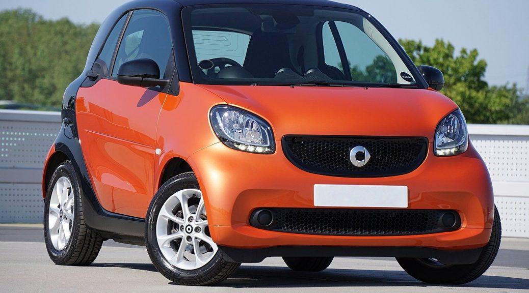 Oranje smart auto