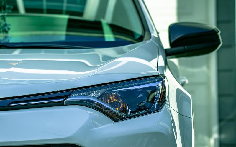 Welke auto onderdelen kun je beter niet zelf vervangen? Onze tips!